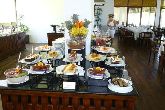 Wadduwa, Sri Lanka : Sweet Table