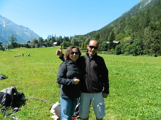 Peak Experience Parapente : Veronica and Fred