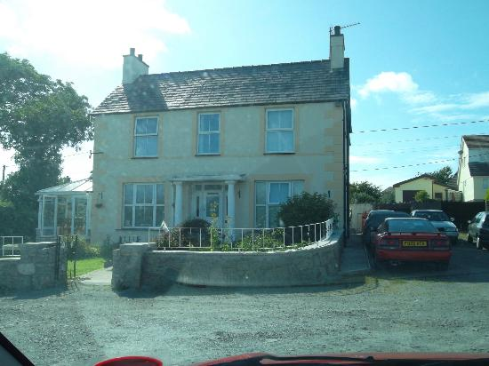 Dwyran, UK: front of house