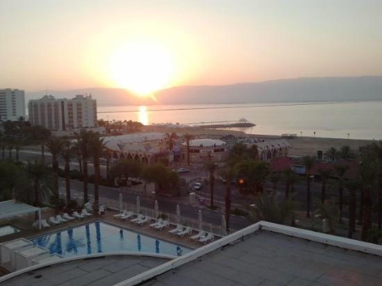 Ein Bokek, Israël : sunrise view from our room