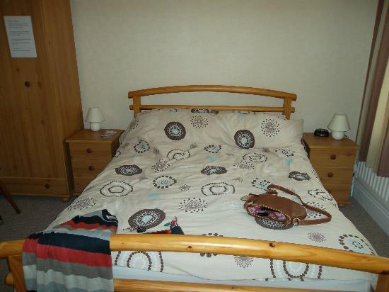 Dwyran, UK: bedroom