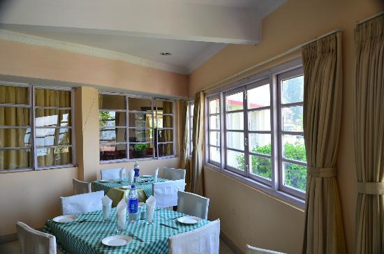 Darjeeling Tourist Lodge: Restaurant