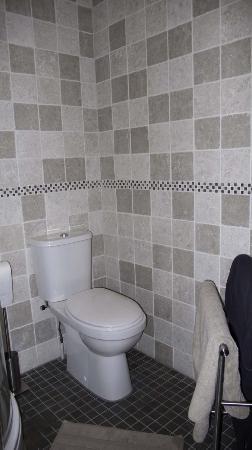 Sunhead of 1617 : Toilette im Jasmine room