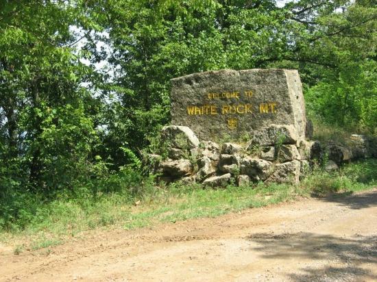 White Rock Mountain: The Park entrance