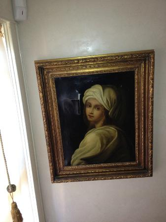 Downtown Historic Bed & Breakfasts of Albuquerque: Picture in staircase, kids thought its eyes followed them.