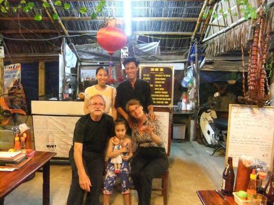 Hi Restaurant: mars 2012 Michel et Monique pour la 2eme année