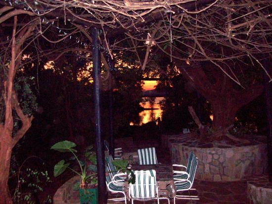 Tiger Bay Resort: Sunrise