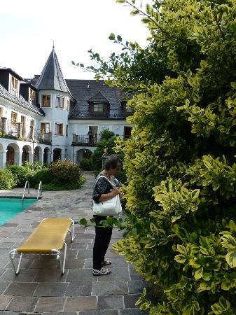 Gasthof Hotel Doktorwirt: altra veduta corte inetrna hotel
