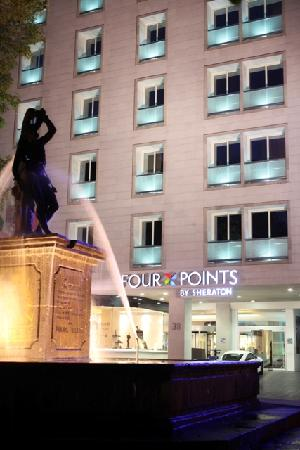 Four Points by Sheraton Mexico City Col. Roma: Fachada
