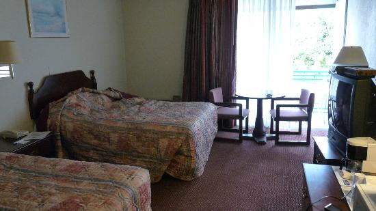 Howard Johnson Inn - Ramsey: Chambre typique
