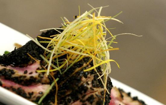 Kelly Jae's Cafe : Seared Yellowfin Tuna