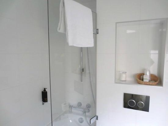 Hotel Parc St. Severin - Esprit de France: ホテル浴室