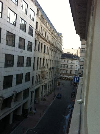 Hotel Zenit Budapest Palace: View from window