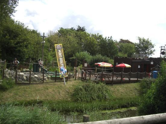 Pirate Adventure Mini Golf: View from outside