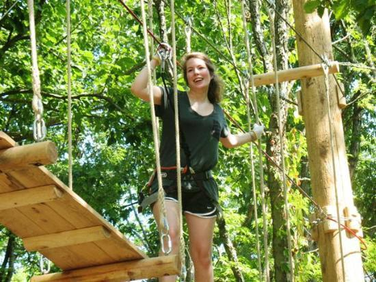 Nashville Shores Lakeside Resort: Treetop Adventure Park at Nashville Shores - 5 Ropes Courses and 10 Zip Lines