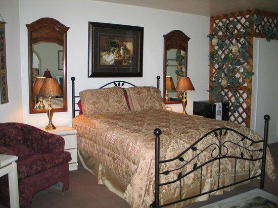 Themed Hotel Rooms In Coeur D Alene Idaho