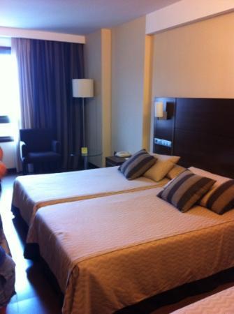 Coia Hotel: habitación triple