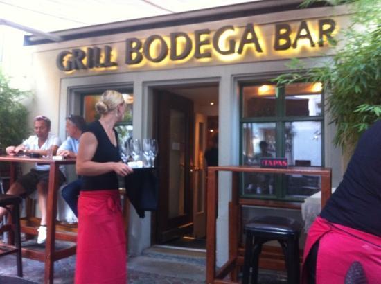 Bodega Bar: Eingang