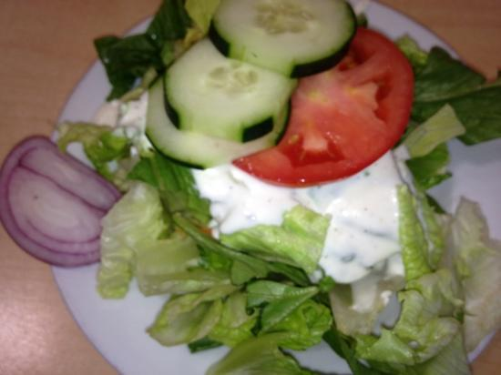 Angelina's Restaurant: salad was pretty!