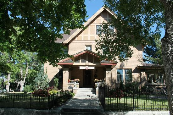 The Carolina Bed & Breakfast: The Carolina B&B, Helena, MT