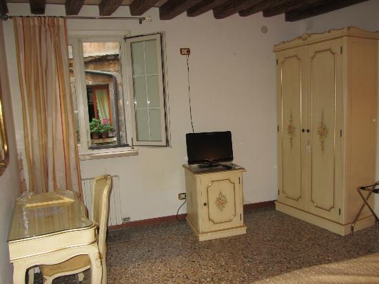 Locanda Barbarigo: Room: Tris