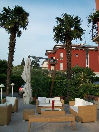 Hotel Benacus: Außenbereich