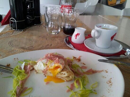 Bacau, Romania: Breakfast: Bizant Egg.