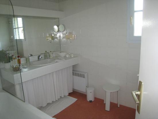 Domaine de Bassibe : salle de bains