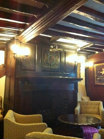 Giants Fireplace Bar at The Mermaid Inn :                   lovely lounge ( maybe haunted ?)