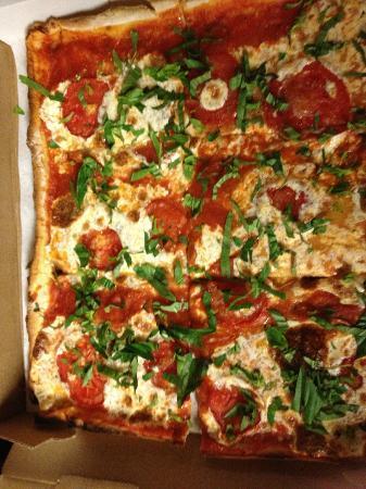 Lazzara S Pizza Cafe