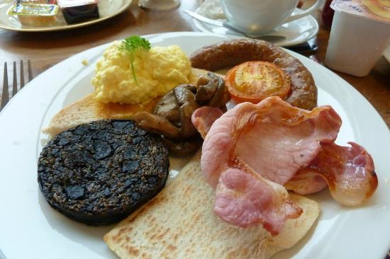 Loch Dubh: scottish breakfast