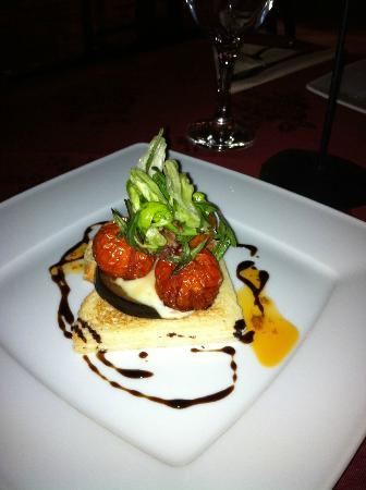 Gdanska Polish Restaurant: Black pudding and smoked Polish sausage topped with poached egg & sweet chilli sauce and tomato