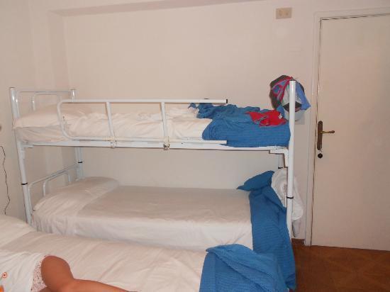 Hotel Astra : camera al 4 piano