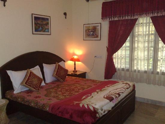 Sajhome : Ac Double room