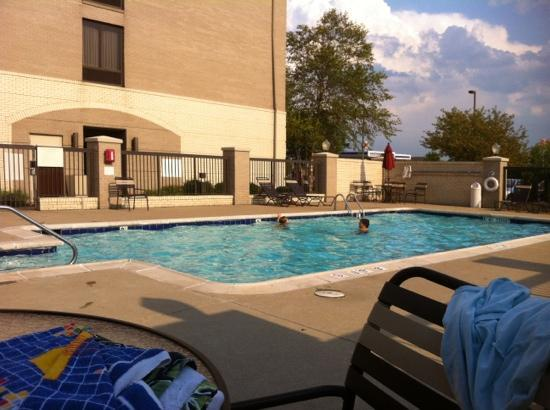 Hyatt Place Indianapolis Airport: pool area