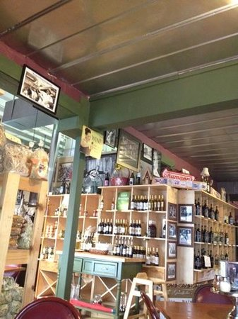 Goodfellas Cafe & Winery: wine, pasta, sausage and vinegar made on site.