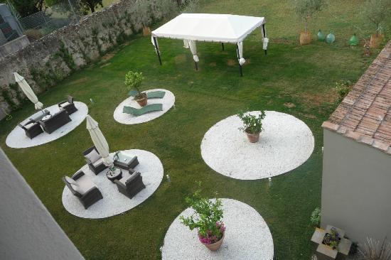 Villa Aruch: Jardin