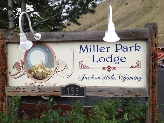 Miller Park Lodge: front sign