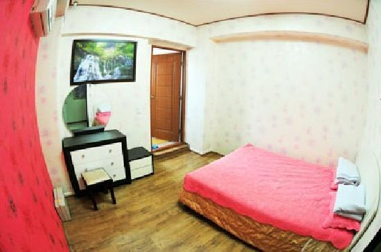 Hwaseong Guest House: Room2