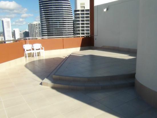 Victoria Square Apartments : Room 183 Roof top area