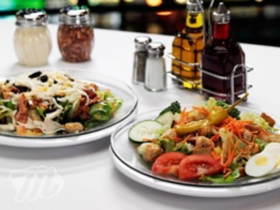 Minsky's Pizza: Minsky's Salads