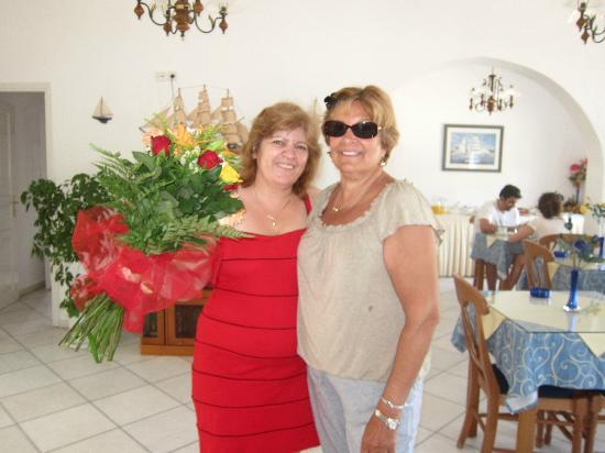 Ilion Hotel: Our delightful hostess (left) with my wife Amalia