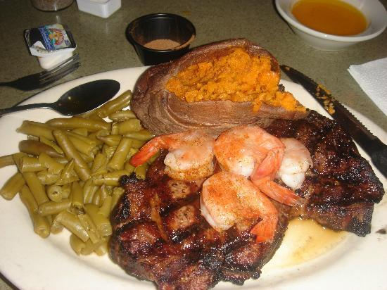 Uncle Buck's Family Restaurant: The steak of perfection and great sides!