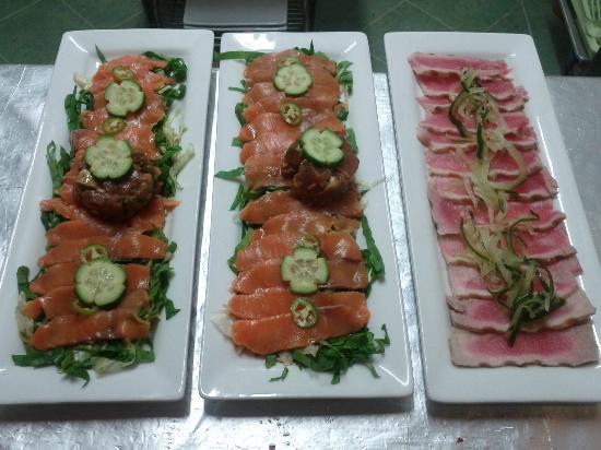 Sushi-Mi: Tiradito Salad & Tuna Tataki!