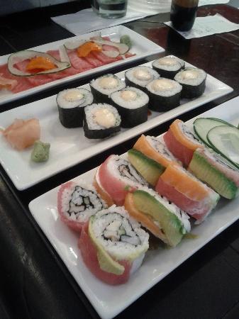 Sushi-Mi: mmmmm....  delicioso!