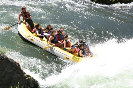 Sage Canyon River Company - Day Trips: Oak Springs Rapids