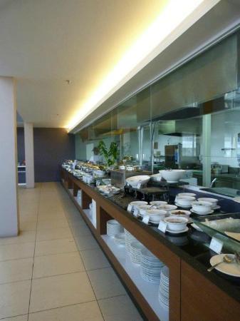 โฟร์พอยส์ บาย เชอราตันลังกาวี: Buffet Breakfast