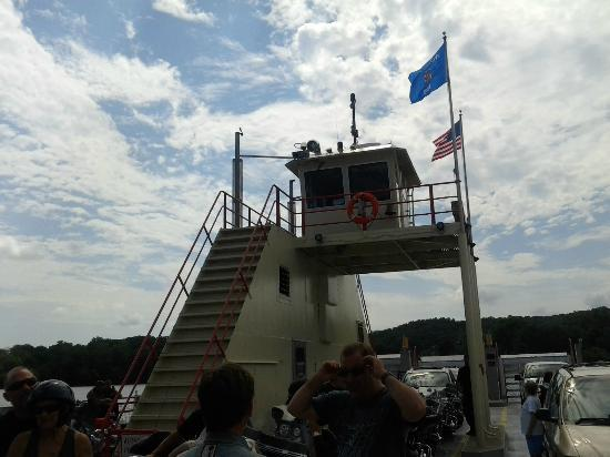 Merrimac Ferry: Pilot House