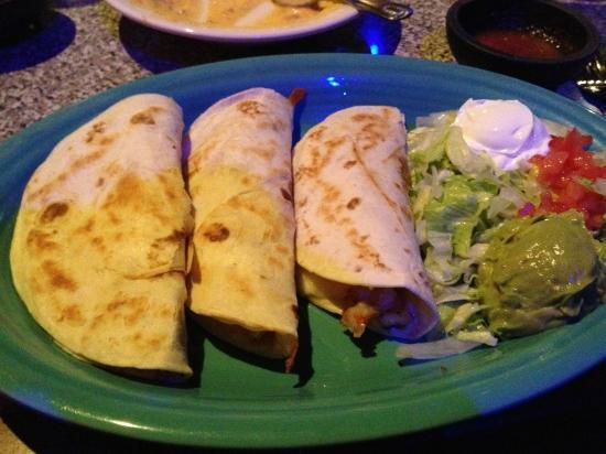 Serna's Mexican Cuisine: Quesadilla platters are offered in two sizes; the large features three quesadillas.