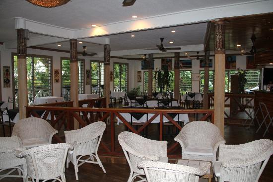 Waterfront Lodge : Dining room & bar